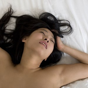 woman-having-orgasm-400x400