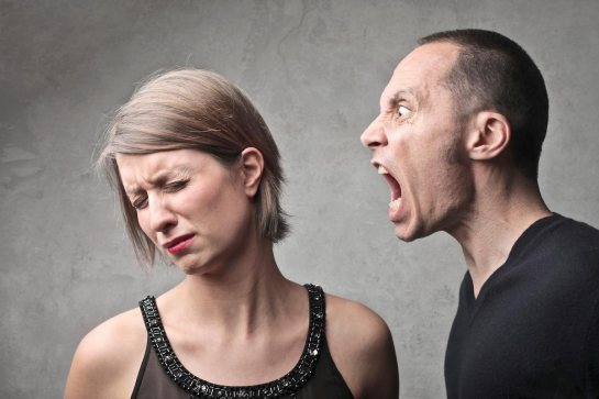 man-yelling-at-woman-anger-scream