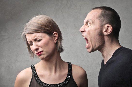 man-yelling-at-woman-anger-scream